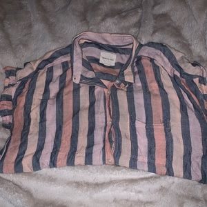 American Eagle Shortsleeved Button-Down Shirt